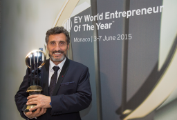 Mohed-Altrad_WEOY2015_vitez-550x373.png